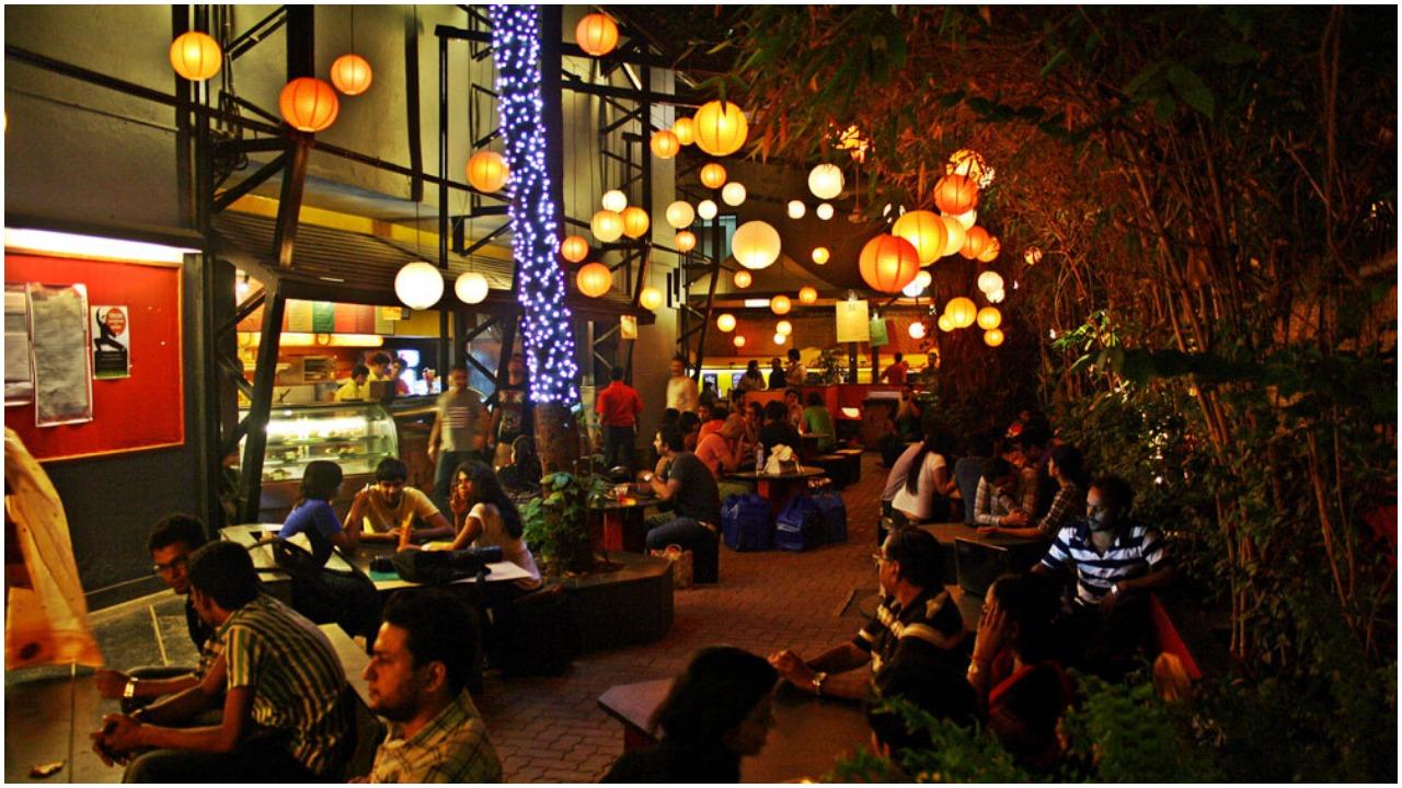 Unlock 5.0: महाराष्ट्र में अक्टूबर के पहले सप्ताह कुछ शर्तों के साथ खुलेंगे रेस्टोरेंट और बार