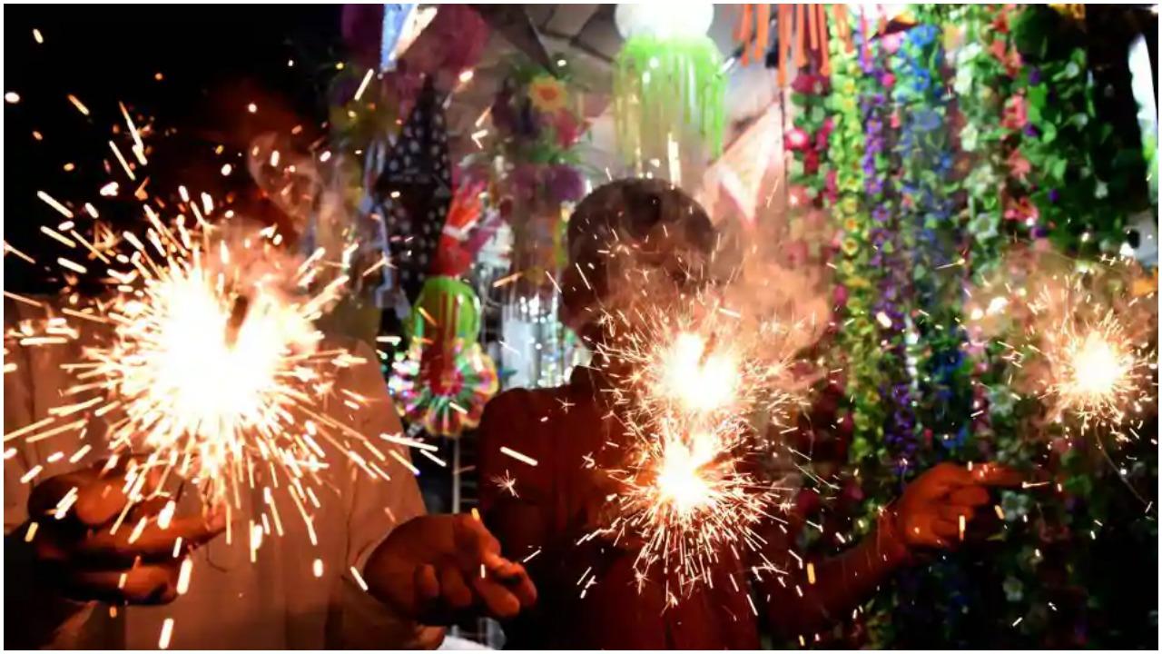 Diwali 2020 : तो इसलिए तमिलनाडु में एक दिन पहले मनाई जाती है दिवाली