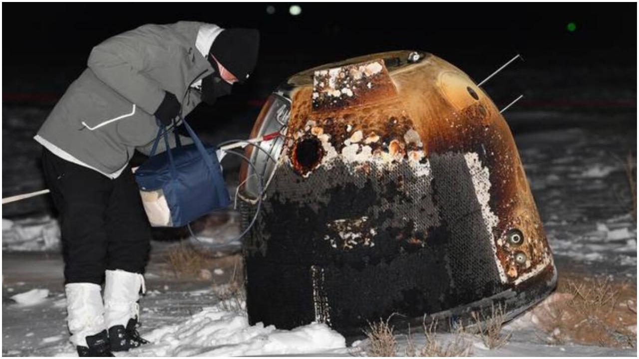 चांद की सतह से नमूने लेकर सफलतापूर्वक पृथ्वी पर लौटा चीन का चंद्रयान