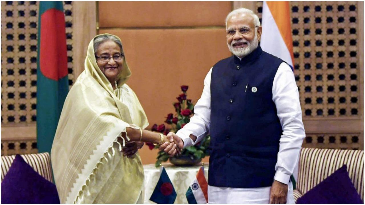 भारत, बांग्लादेश ने सात समझौते किये, सीमापार रेल सम्पर्क किया बहाल