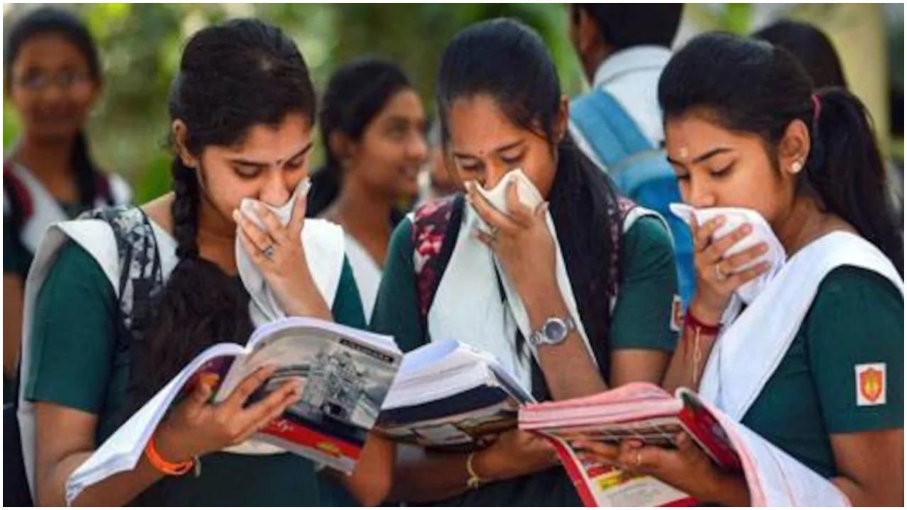बिहार : 9 महीने बाद सोमवार से फिर से खुलेंगे स्कूल कॉलेज, सरकार ने जारी की गाइडलाइन