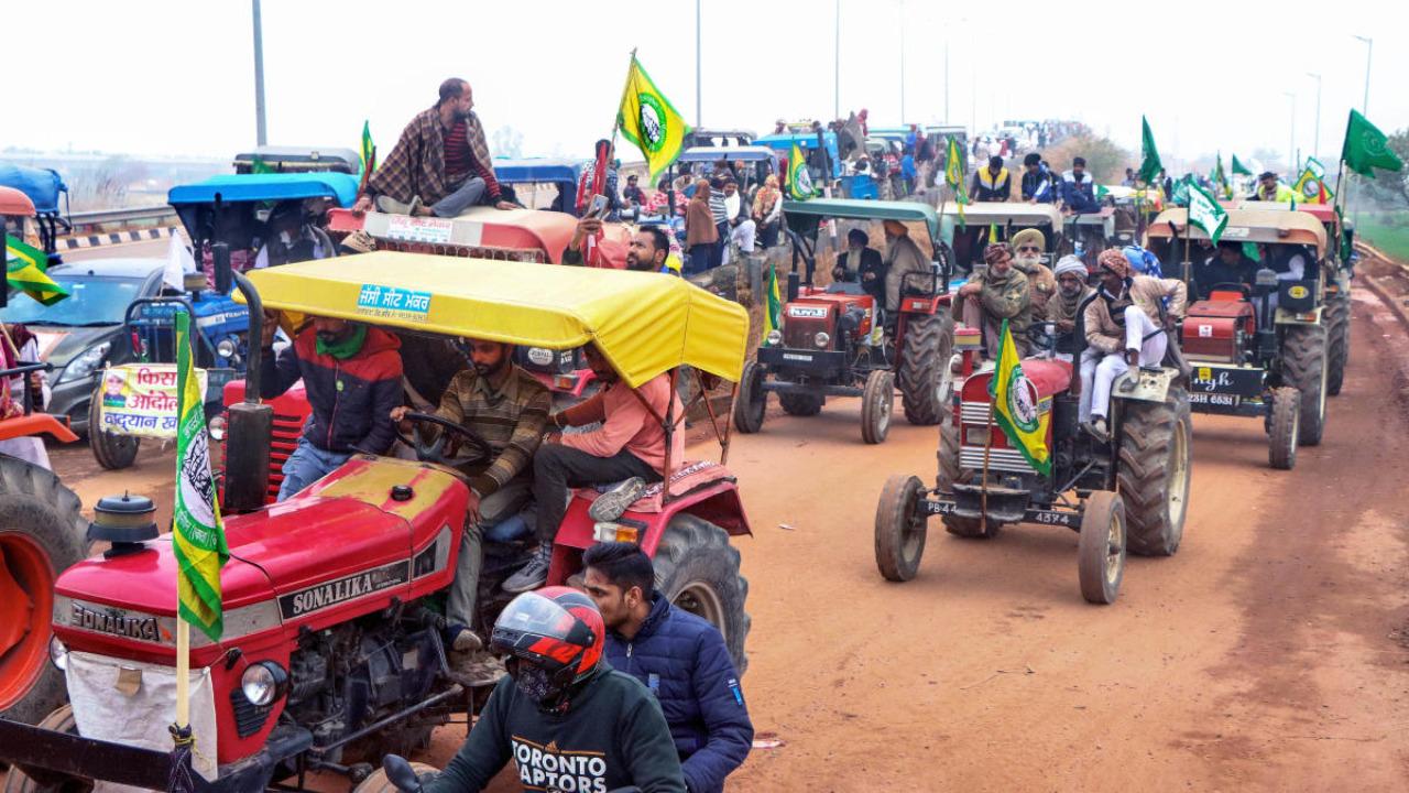 दिल्ली : 26 जनवरी को ट्रैक्टर मार्च करेंगे किसान- किसान यूनियन
