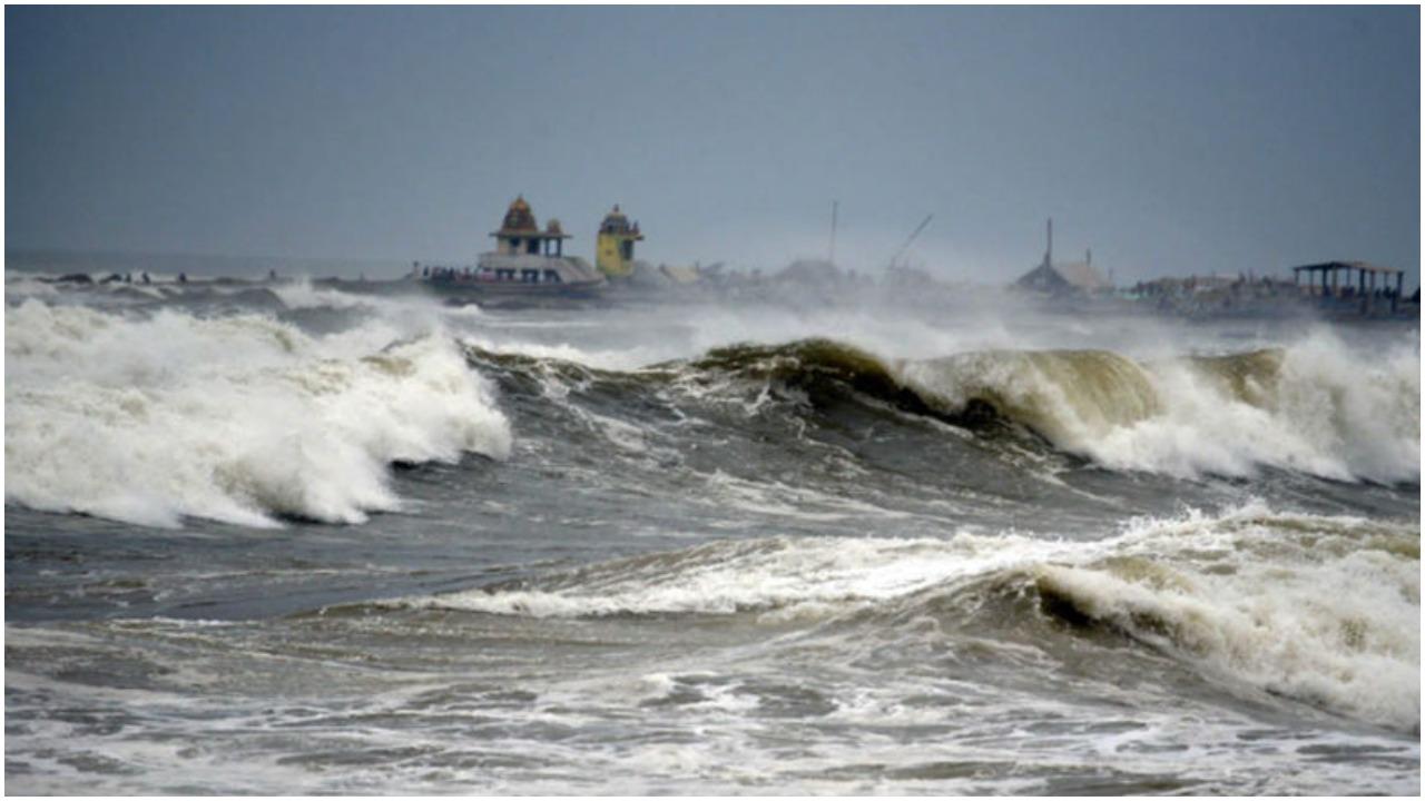 Cyclonic Storm Tauktae : इन राज्यों में तबाही मचा सकता है 'तौकते', अलर्ट जारी