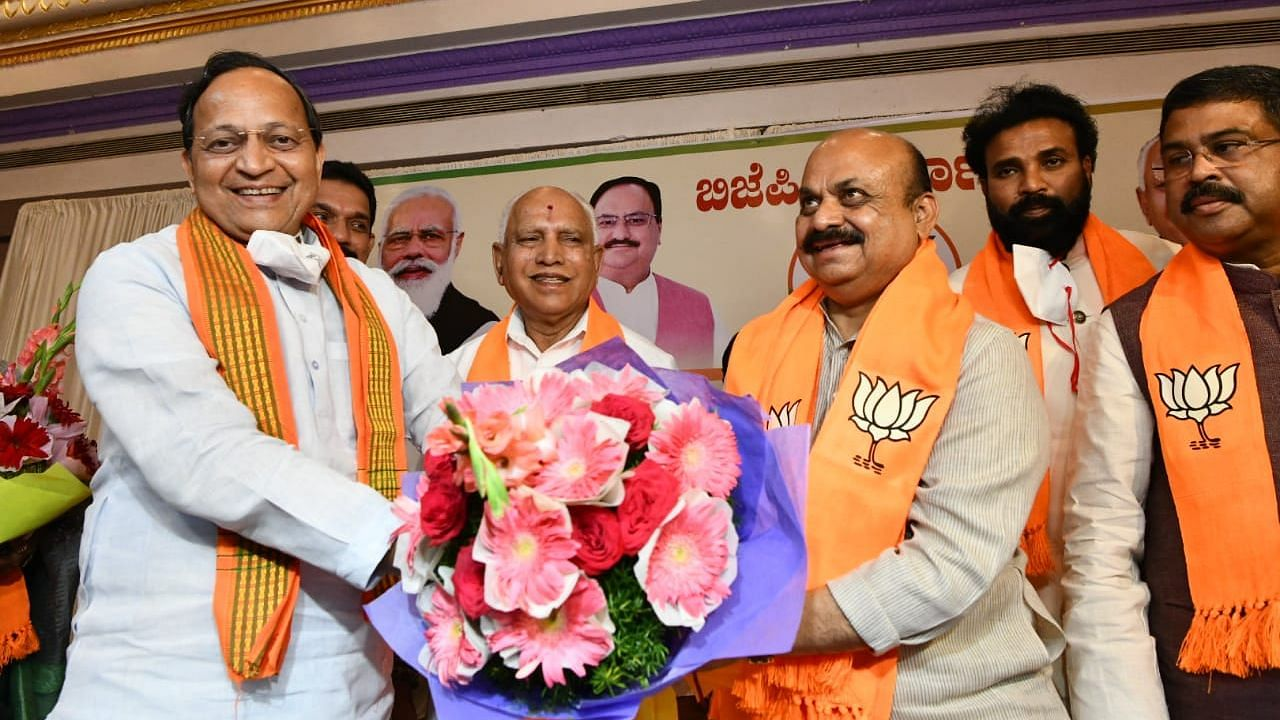 Karnataka : बसवराज बोम्मई होंगे राज्य के नए मुख्यमंत्री, बीजेपी विधायक दल की बैठक में हुआ फैसला